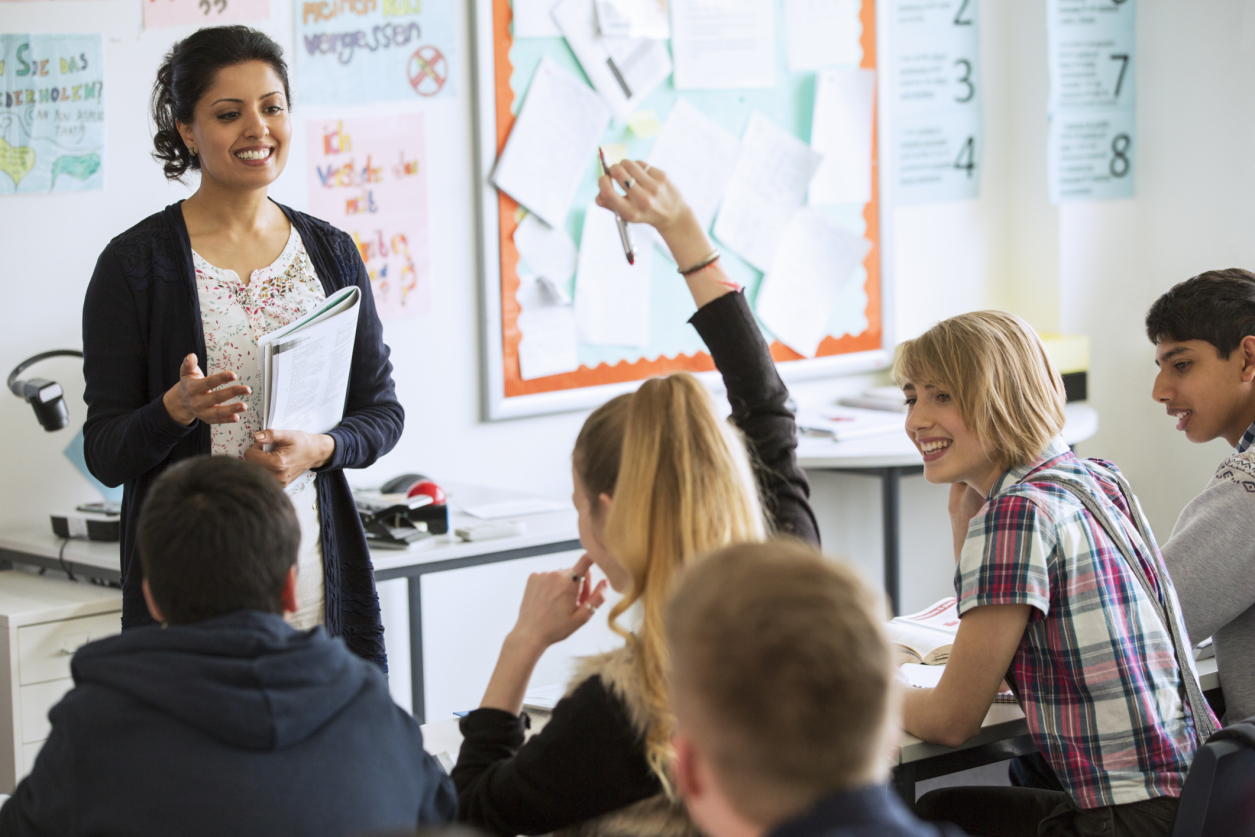 Professora na sala de aula